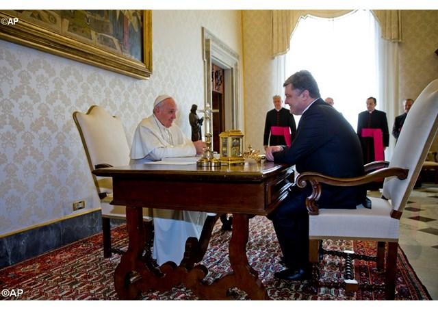 Папа і президент_Articolo