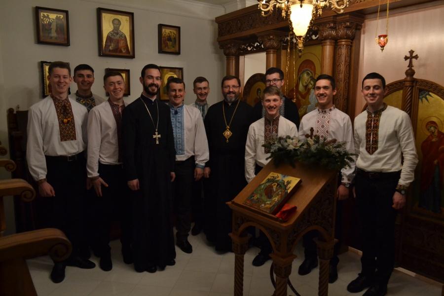 семінаристи та Патріарх