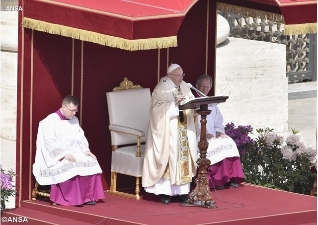 Папа гуманітарна ініціатива для України